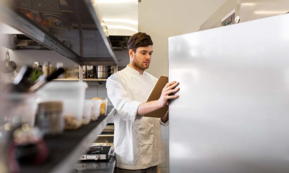 2 things you can do to keep your commercial refrigeration units in running order